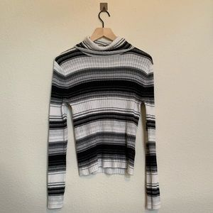 American Eagle Women's Black Striped Turtleneck